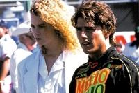 Cole Trickle (Tom Cruise) will die Ärztin Claire Lewicky (Nicole Kidman) mit seinen Fahrkünsten beeindrucken.