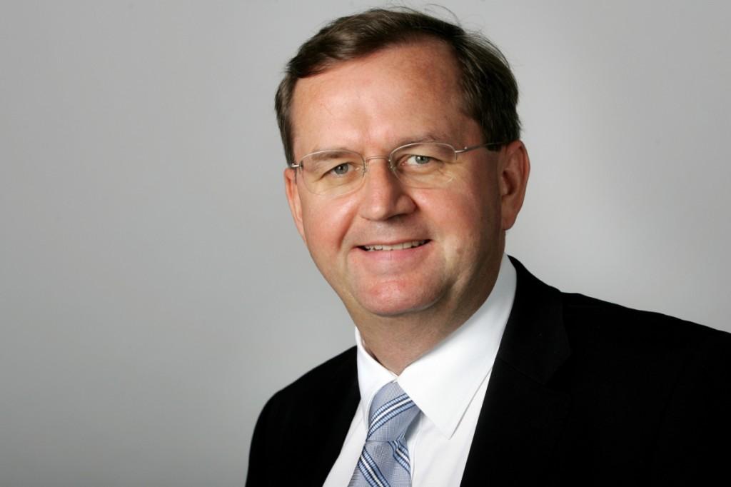 Vetternwirtschaft, Korruption und Ineffizienz beklagt Hans-Peter Siebenhaar bei ARD und ZDF. Foto: Eichborn Verlag/Pablo Catagnola