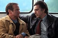 Will Dormer (Al Pacino, rechts) hält den Schriftsteller Walter Finch (Robin Williams) für einen Mörder.