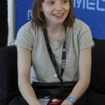 Lauren Mayberry, Sängerin von Chvrches, erklärte backstage, wie das Debütalbum ihrer Band klingen wird.