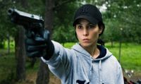 Lisbeth Salander (Noomi Rapace) steht unter Mordverdacht.