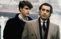 Charlie (Chris O'Donnell, links) soll sich um den blinden Frank (Al Pacino) kümmern.