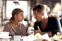 Henry (Til Schweiger) erfährt, dass er eine Tochter (Emma Schweiger) hat.