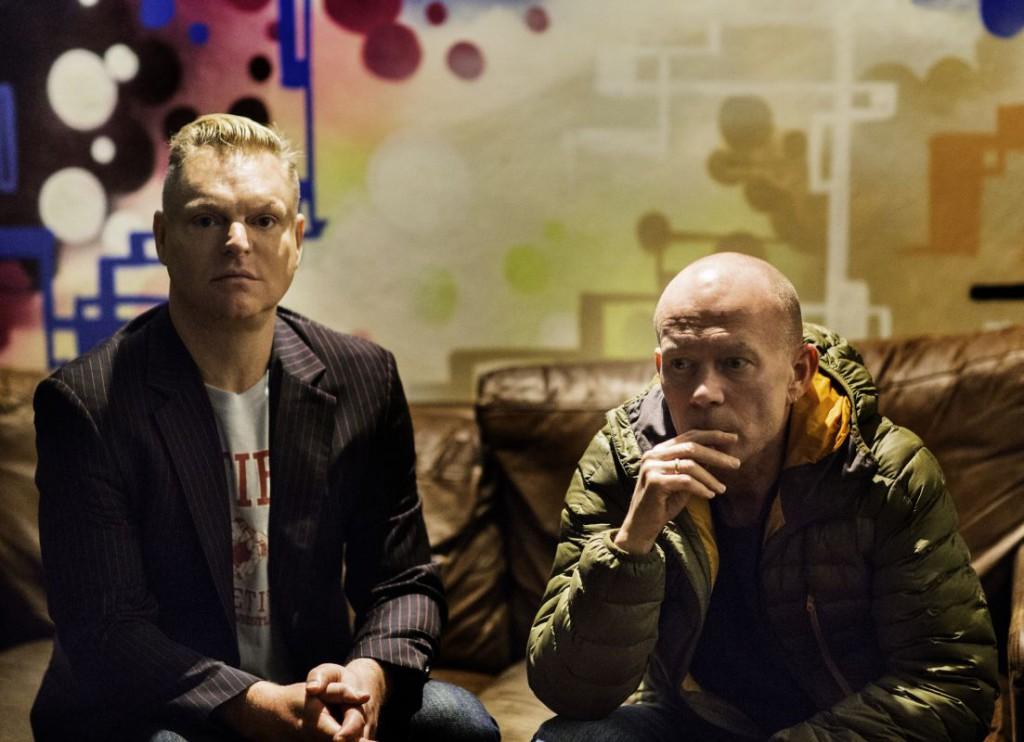 Vince Clarke (rechts) und Andy Bell haben nach 28 Jahren als Erasure ein Weihnachtsalbum gemacht. Foto: Phil Sharp/Add On Music