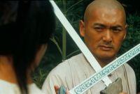Li Mu Bai (Chow Yun-Fat) will sein legendäres Schwert wieder finden.