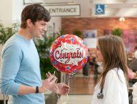 Adam (Ashton Kutcher) und Emma (Natalie Portman) sind Sexfreunde.