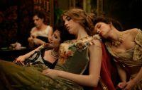 Die Mädchen im L'Apollonide sind bei reichen Freiern begehrt.