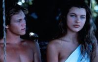 Richard (Brian Krause) und Lily (Milla Jovovich) sind Schiffbrüchige.