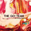 """Viele Gast-Sängerinnen prägen das Go! Team auf """"The Scene Between""""."""