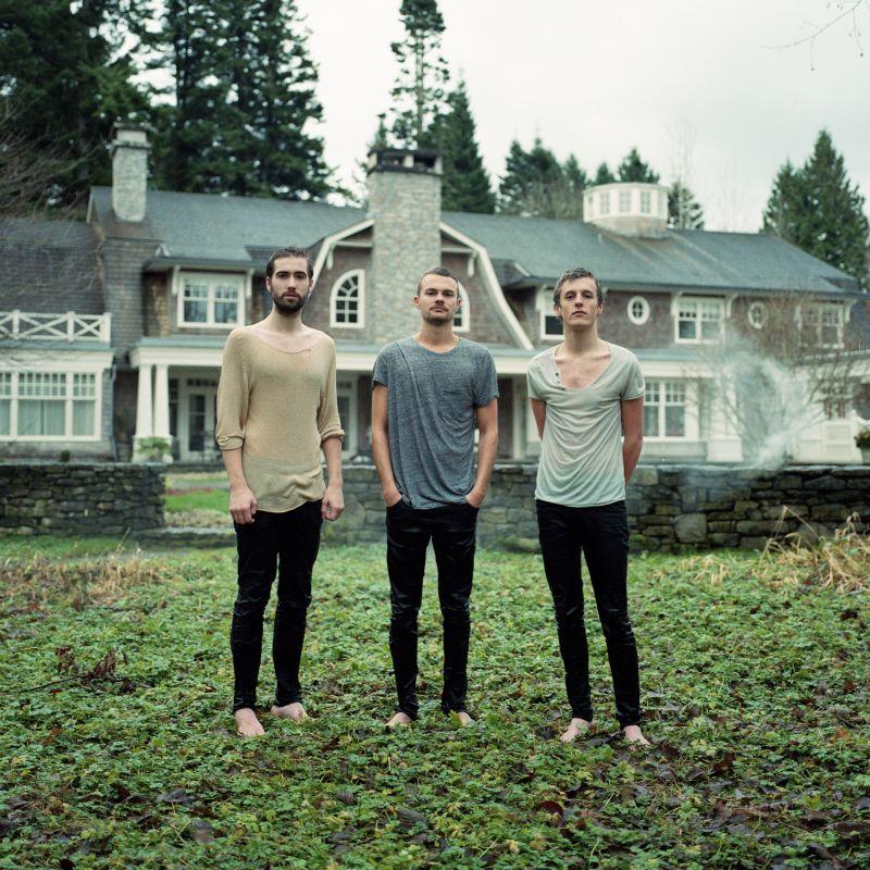 """Auch wenn sie nicht so aussehen: Das zweite Album von We Are The City heißt """"Violent"""". Foto: Sinnbus/Kirsten Berlie"""