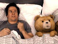 "Szene aus dem Film ""Ted"" mit Mark Wahlberg"