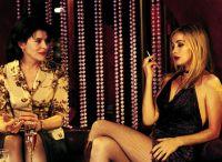 Szene aus dem Film Nathalie mit Fanny Ardant und Emmanuelle Béart