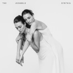Cover des Albums Synthia von Jezabels Kritik Rezension