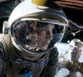 Szene aus dem Film Gravity mit Sandra Bullock