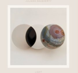 Juliana Daugherty Light Review Kritik
